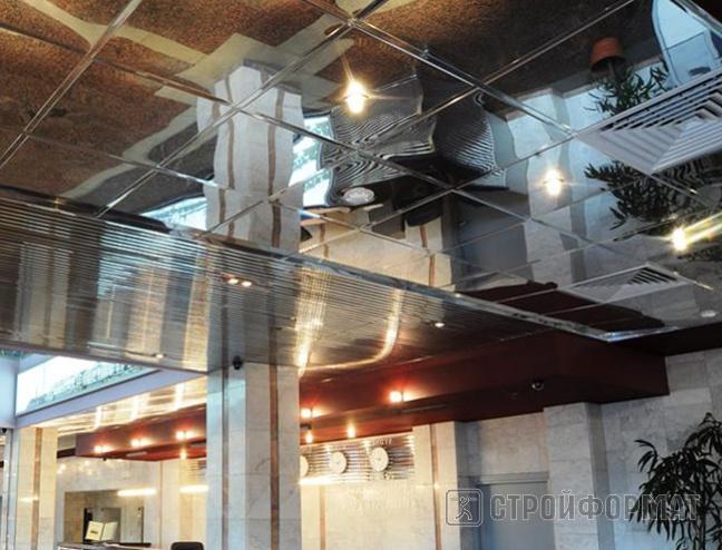 Потолок из алюминиевых панелей фото